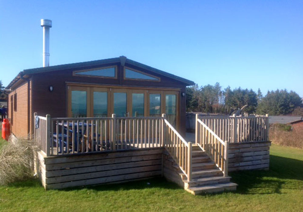 Lodge with decking